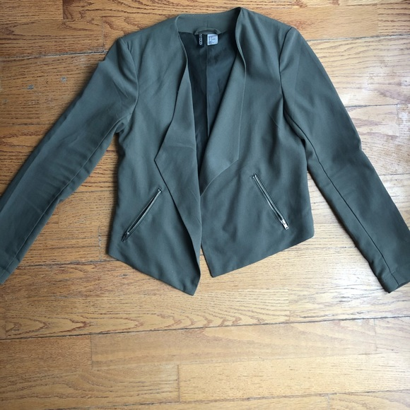 H&M Jackets & Blazers - 🔥2 for $25 Olive Green H&M draped blazer